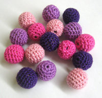 Mix of pink and purple beads, 16pc. (B20002)