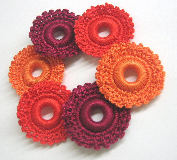 Crocheted hoops handmade wood beads in maroon, red and orange 1,6 inches, 6