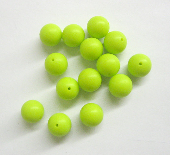 Silicone teething beads, 15mm, light apple green, set of 5