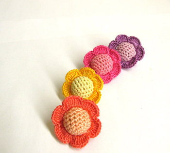 Crocheted beads - flowers, 20 mm handmade round balls cotton on wood, colorful mix (B20032)