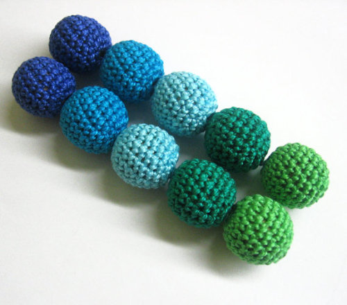 Crocheted beads 20 mm (3/4