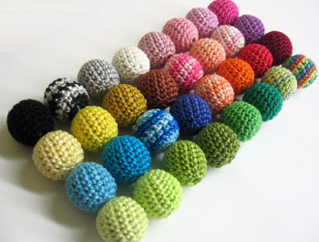 Crocheted beads 18mm 100pc handmade round choose Your colors (B20037)