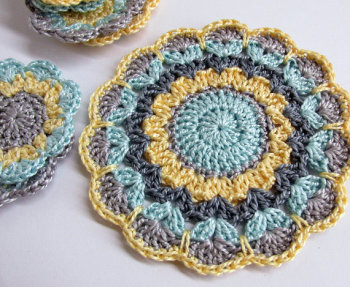 Crocheted flower motif, mandala applique in gray, blue, yellow 3,5 inches wide (A10022)