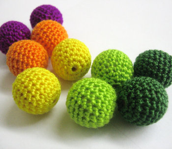 22mm crocheted beads, colorful mix, 10pc (B20043)