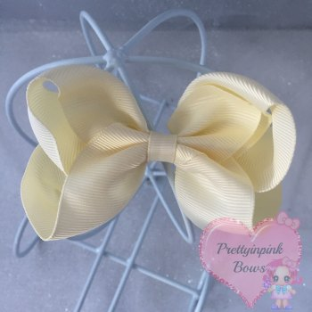 "4"" Boutique Bow On Croc Clip ~ Cream"
