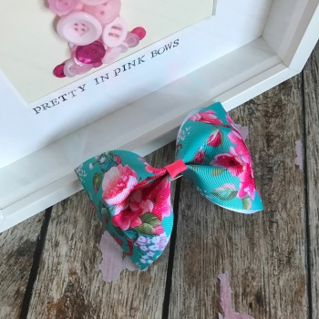 Large Minnie Bow - Cherry Blossom ~ On Croc Clip