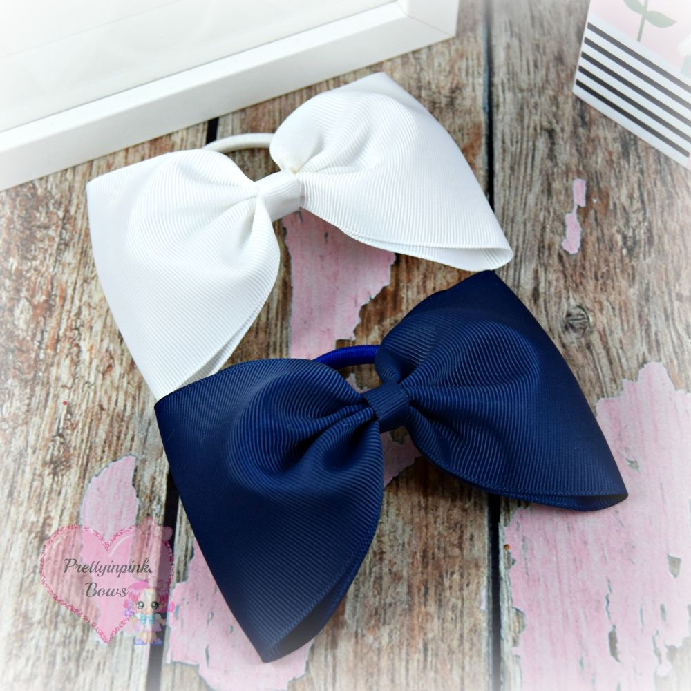 <!-- 005 -->Large Minnie Bows