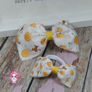 Pony Set - Daisies ~ On Bobbles