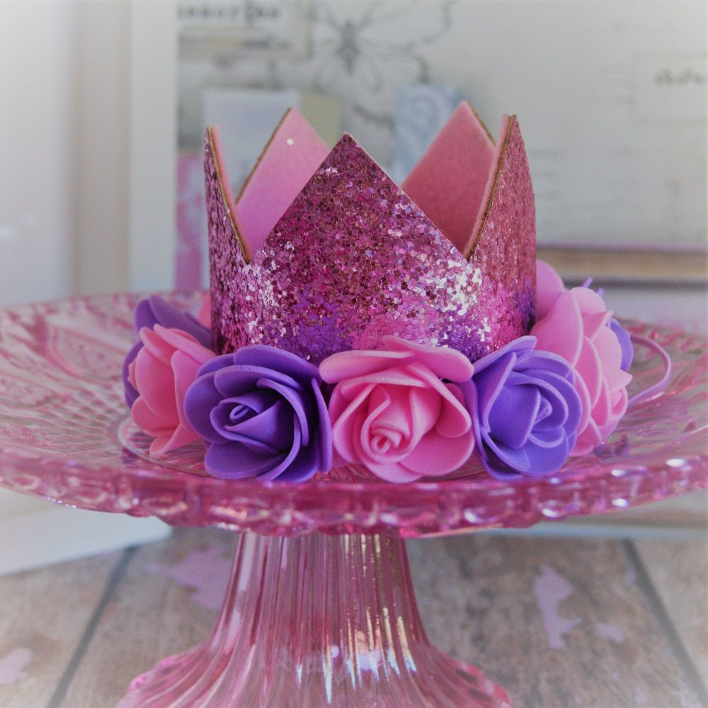 Pettle Pink crown with Lavender and pink Flowers