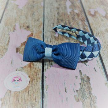 Small Bun Wrap ~ Blue with Minnie bow