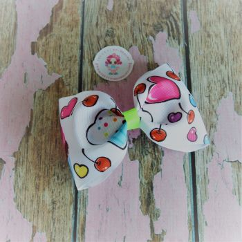 Large Minnie Bow - Cupcakes ~ On Croc Clip