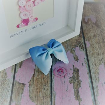 Large Minnie Bow - Blue Ombre ~ On Bobble