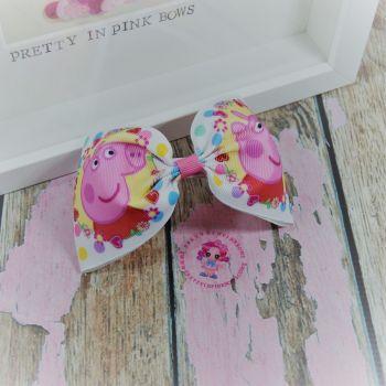 Large Minnie Bow - Peppa Pig ~ On Croc Clip
