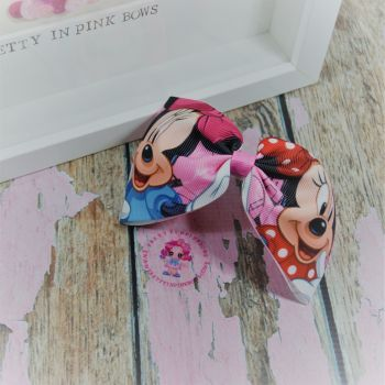 Large Minnie Bow - Minnie Mouse ~ On Croc Clip