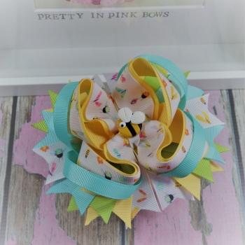 Princess Bow - Bee My Friend ~ On Croc Clip