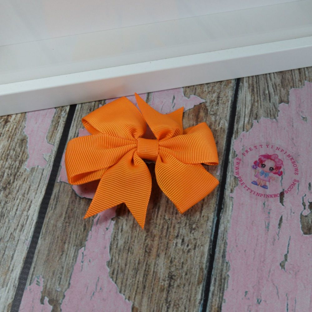 Double Loop Plain Pinwheel - Tangerine ~ On Croc Clip