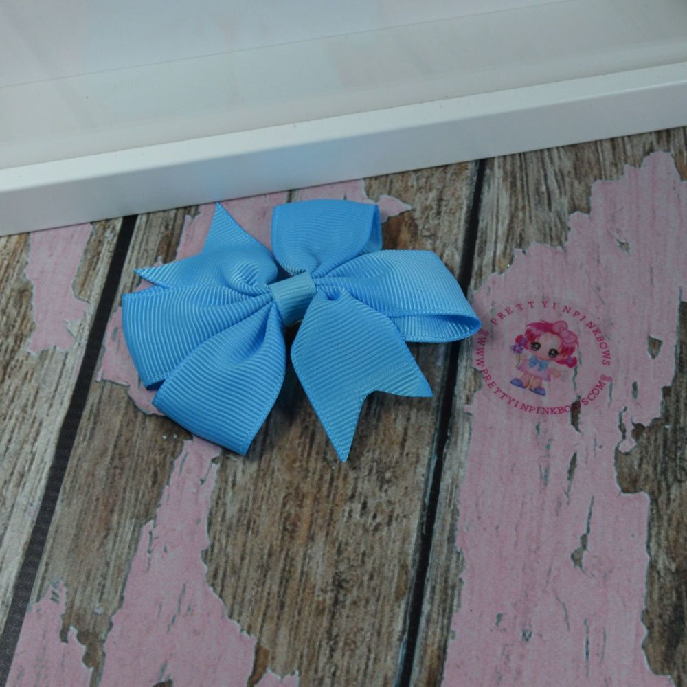 Double Loop Pinwheels - Island Blue ~ On Croc Clip