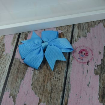 Double Loop Pinwheels - Island Blue ~ On Croc Clip