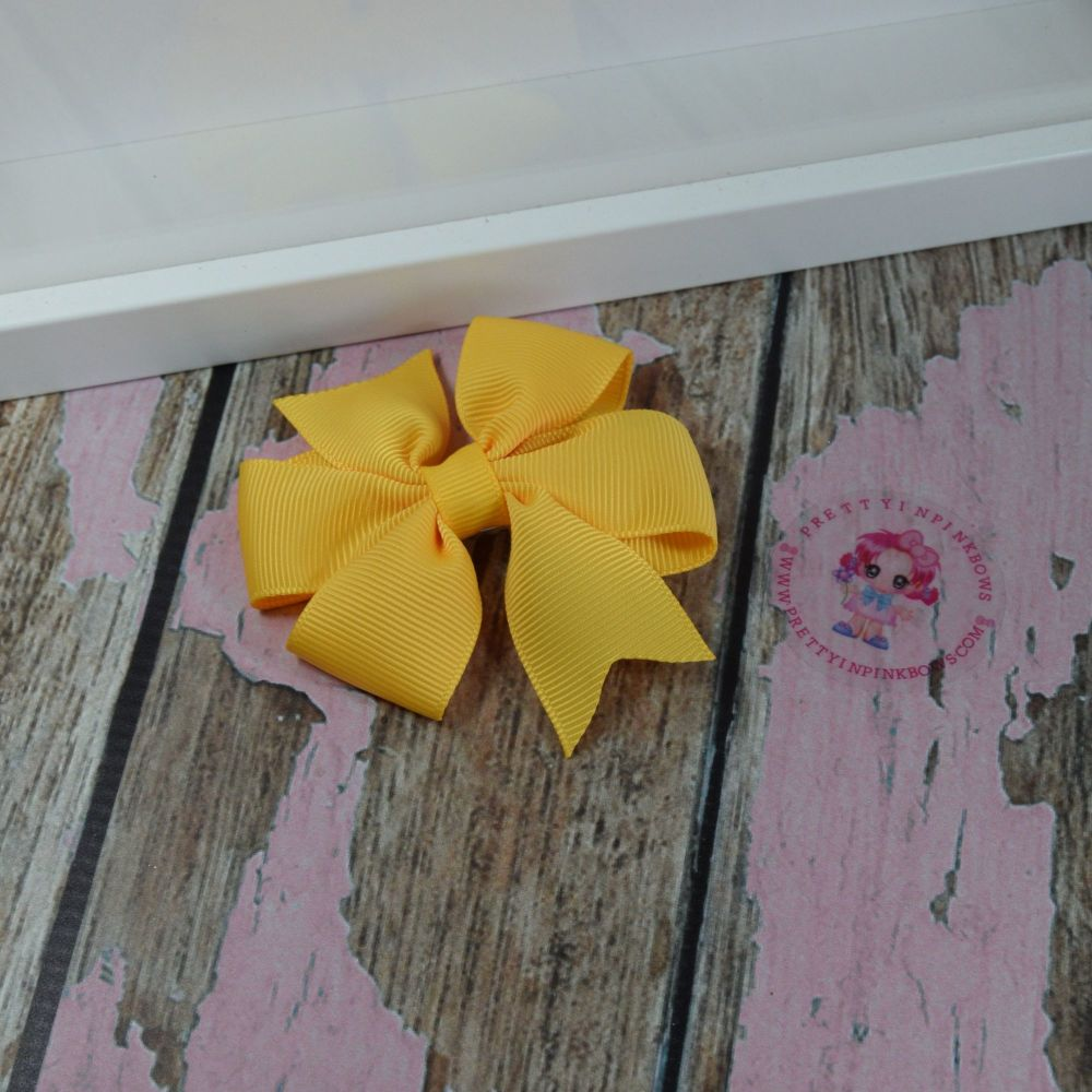 Double Loop Pinwheels - Daffodil ~ On Croc Clip
