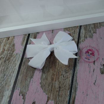 Double Loop Pinwheels - White ~ On Croc Clip