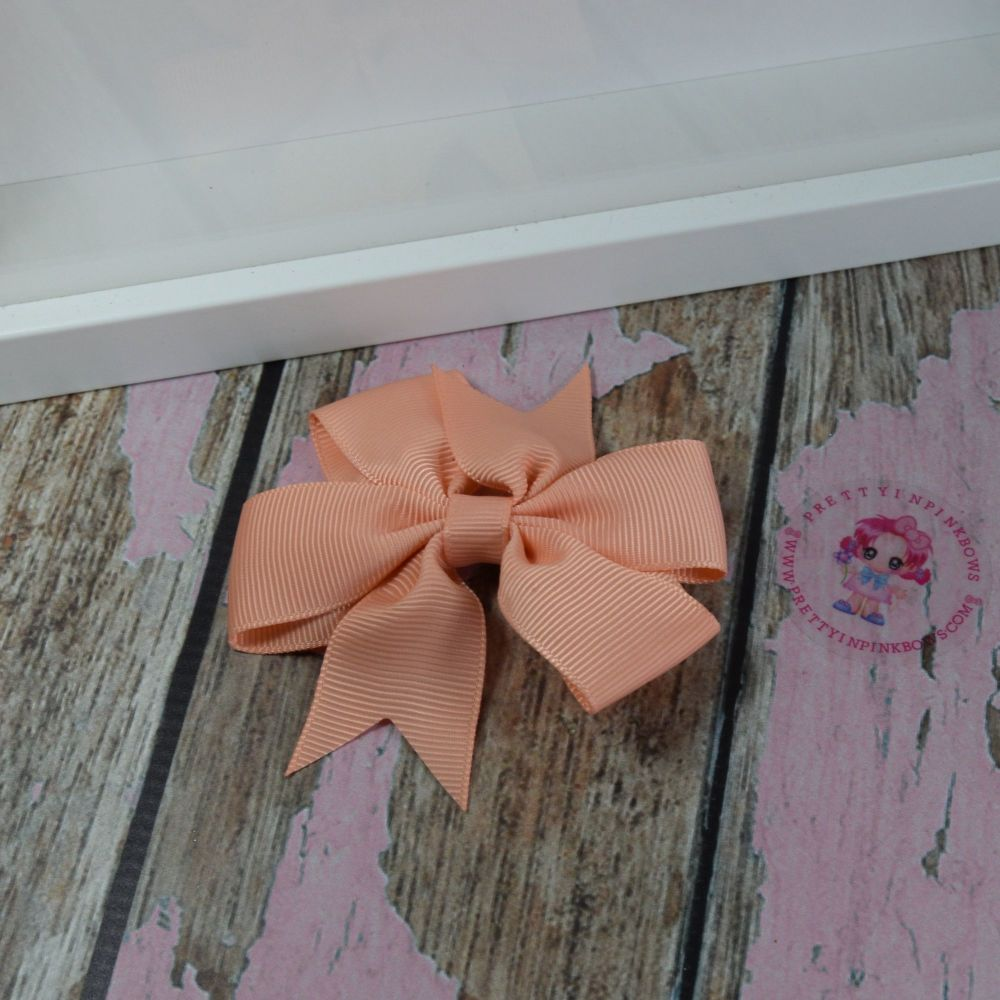 Double Loop Pinwheels - Peach ~ On Croc Clip