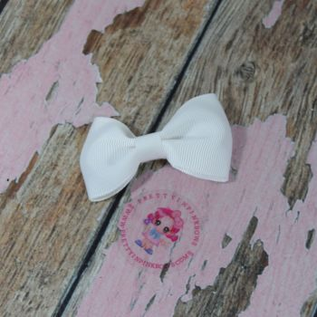 Minnie Bow On Croc Clip ~ White