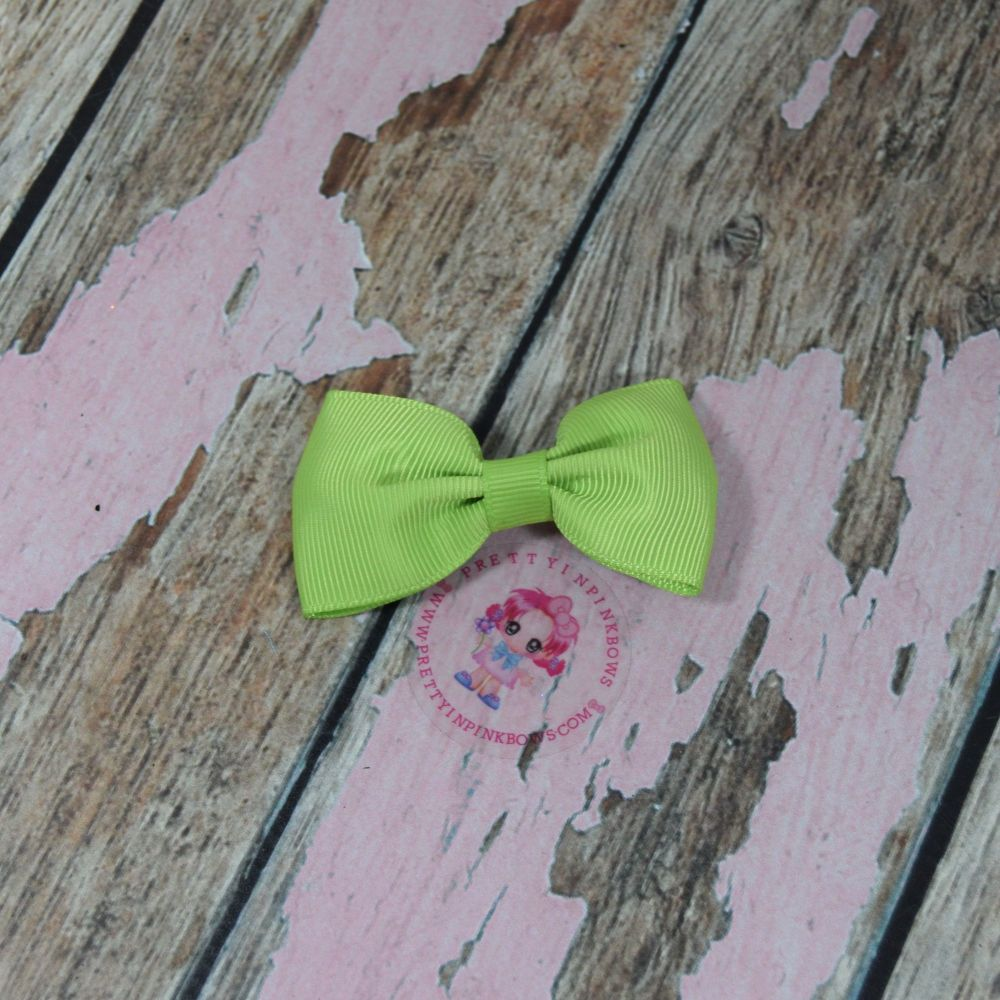 Minnie Bow On Croc Clip ~ Apple Green