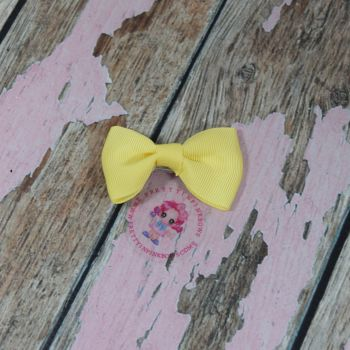 Minnie Bow On Croc Clip ~ Lemon