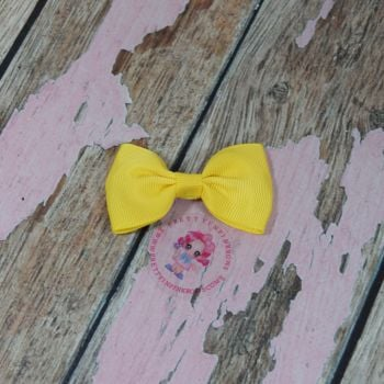 Minnie Bow on Croc Clip ~ Daffodill
