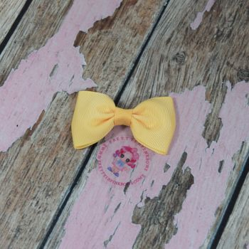 Minnie Bow On Croc Clip ~ Chamois Yellow