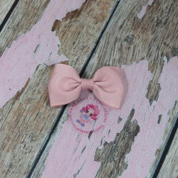 Minnie Bow On Croc Clip ~ Sweet Nectar
