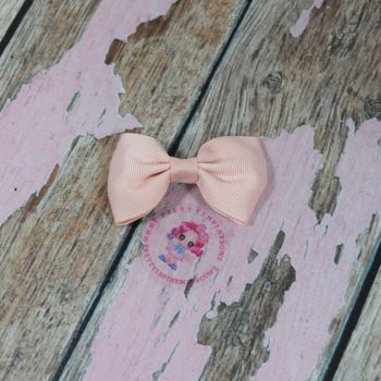 Minnie Bow On Croc Clip ~ Petal Peach