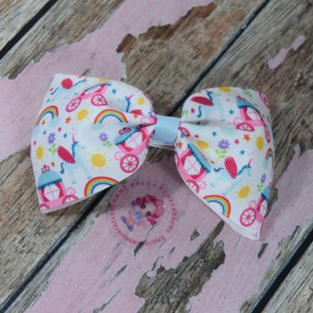 Large Minnie Bow On Croc Clip ~ Princess Carriage