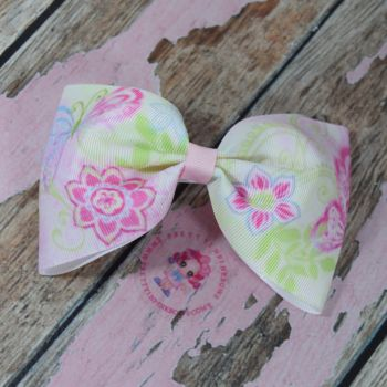 Large Minnie Bow On Croc Clip ~ Butterflys