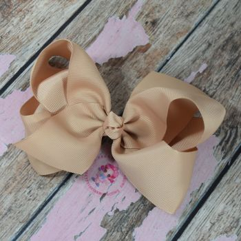 "6"" Boutique Bow On Croc Clip ~ Tan"
