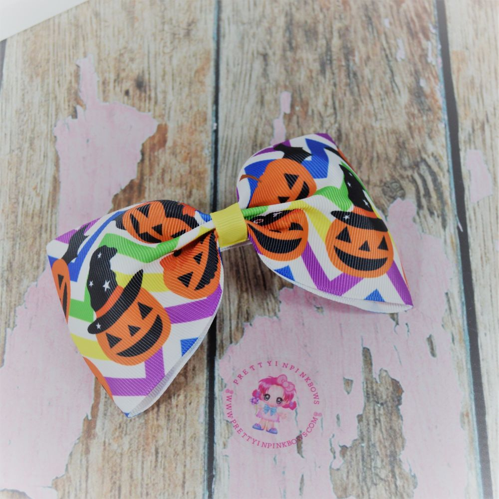 Large Minnie Bow Pumpkin witches On Croc Clip