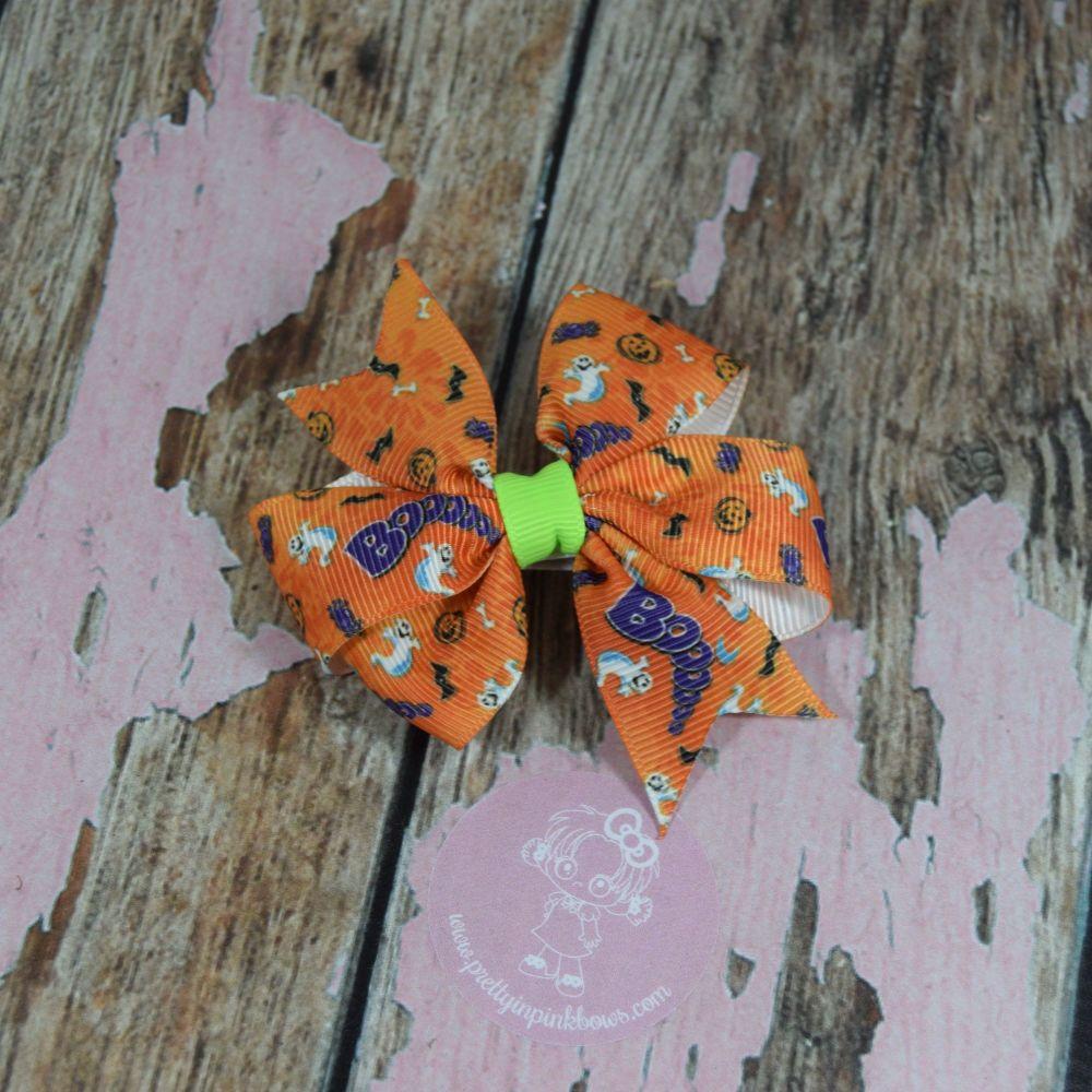 Pinwheel Bow BOO on croc clips