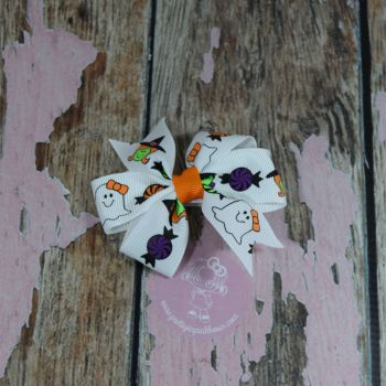 Pinwheel Bow Ghosts and candy on croc clips
