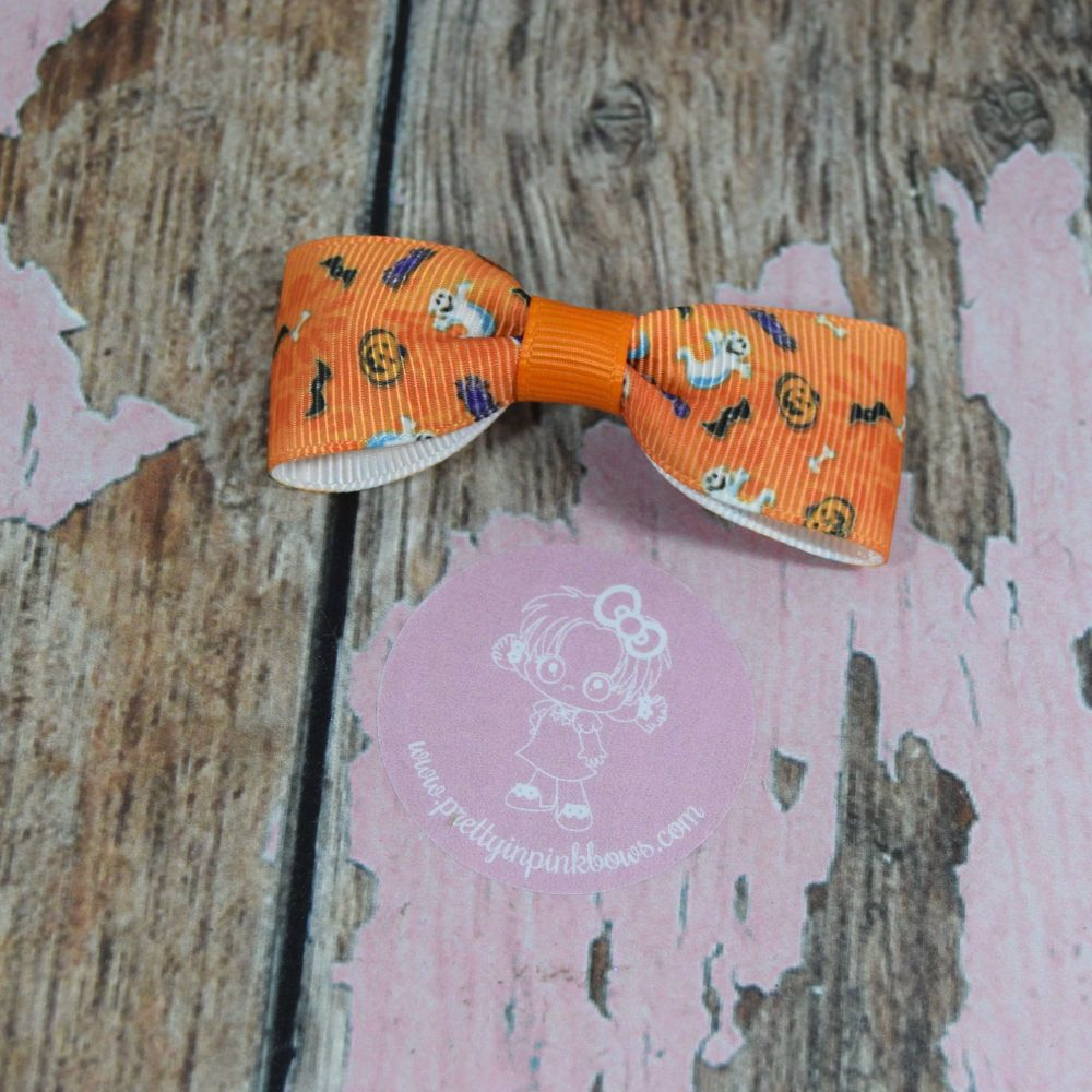 Minnie Bow BOO On croc clip
