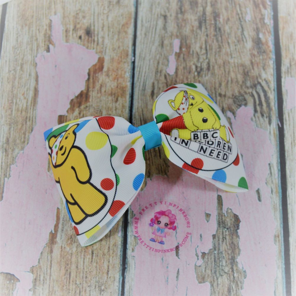 Large Minnie Bow Children In Need On Croc Clip