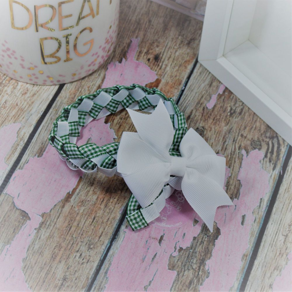 Medium Bun Wrap in Forrest Green Gingham and White ~ Pinwheel Bow