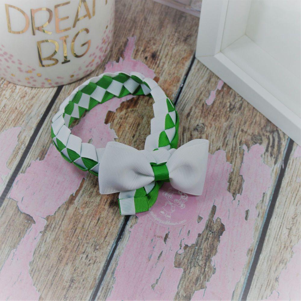 Medium Bun Wrap in Classic Green and White ~ Minnie Bow