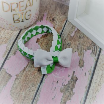 Medium Bun Wrap in Classic Green and White ~ Minnie Bow