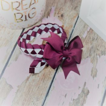 Medium Bun Wrap in Burgundy and White ~ With Burgundy pinwheel bow