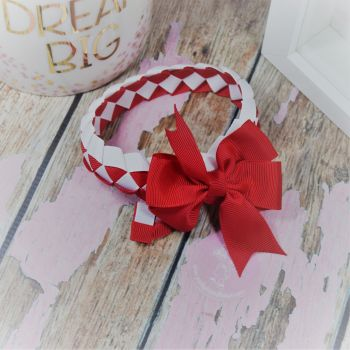 Medium Bun Wrap in Red White ~ With Red pinwheel bow