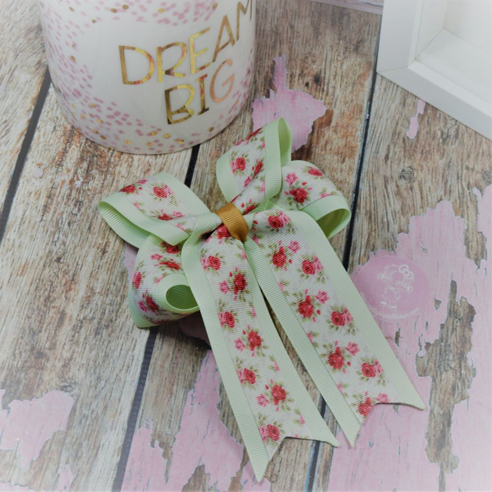 Double Loop Tails (DLT) Vintage Flowers on Croc Clip