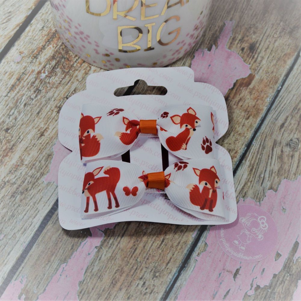 Minnie Bows Little Foxes On Croc Clip