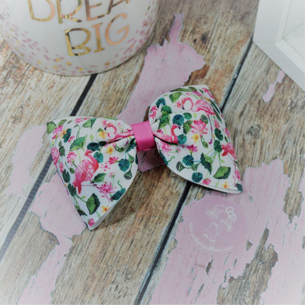 Large Minnie Bow Jungle Flamingos On Croc Clip