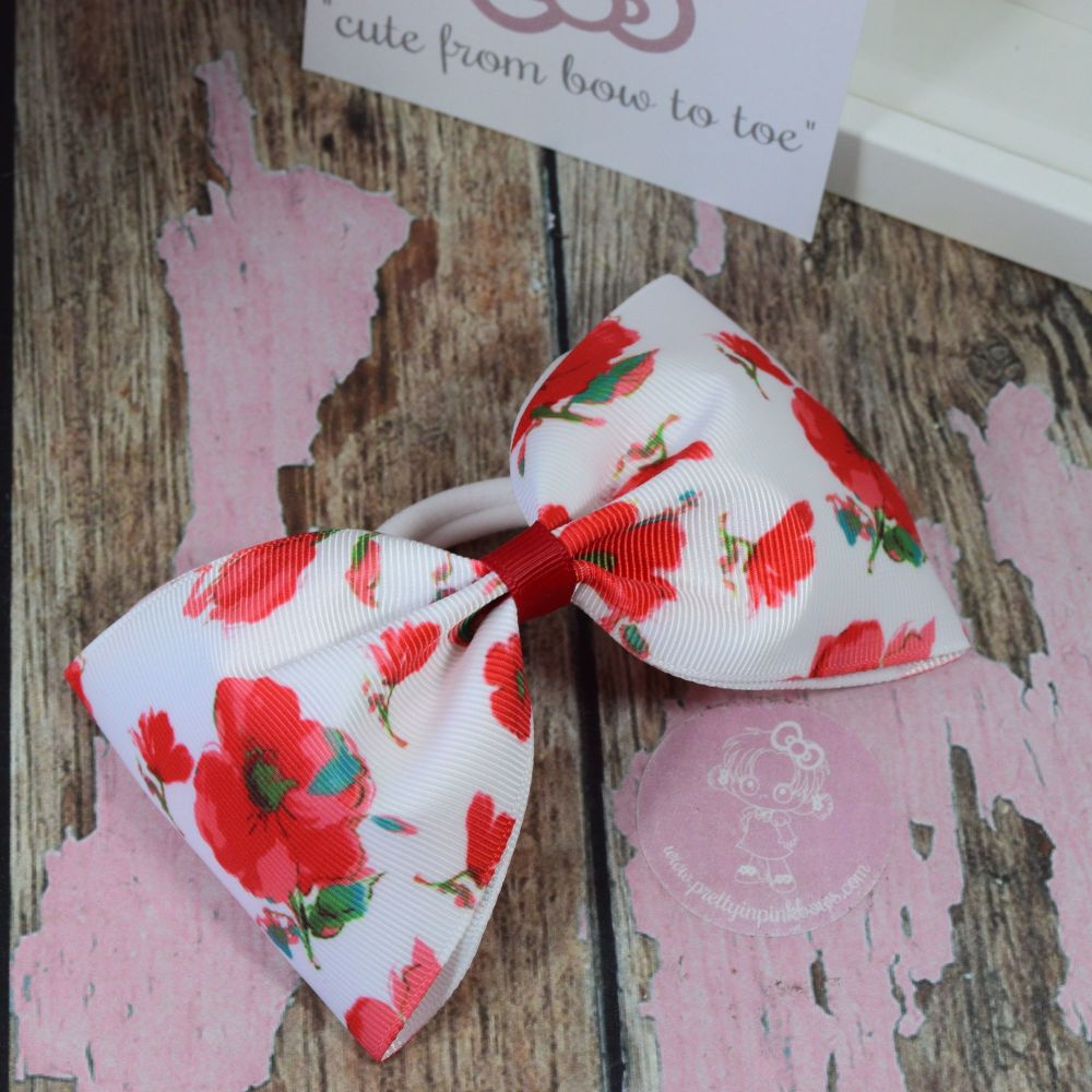 Large Minnie Bows Poppies On Bobble