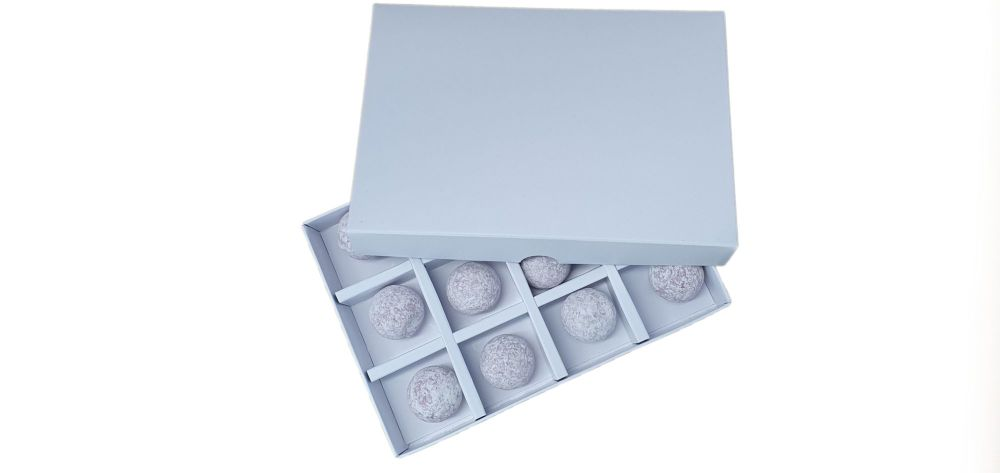 White Non Window 12pk Insert Chocolate Box -168mm x 115mm x 26mm  Pack of 1